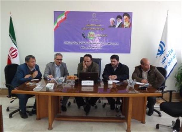 رئیس دانشگاه علوم پزشکی در مرکز ارتباط مردمی استان حضور یافت.